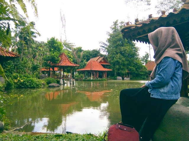 Watu Gunung Ungaran, Wisata Alam Keren dengan Suasana Tradisional di Semarang