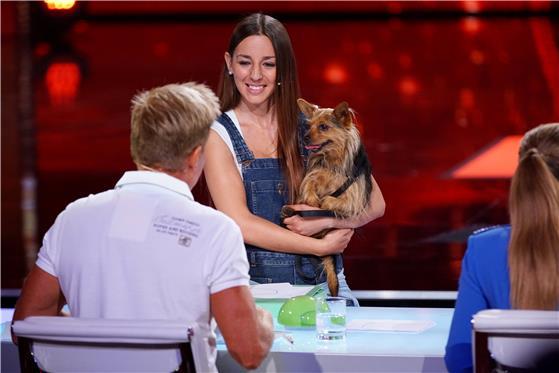 Aleksandra Dimovska will Bohlen & co. zeigen das ihr Yorkshire Terrier lesen kann
