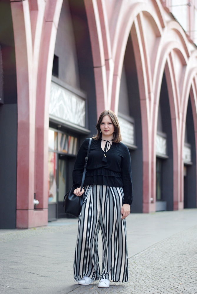 berlin fashion week sommer sneakers outfit