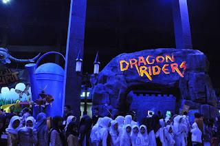 Wahana Dragon Riders di Trans Studio Bandung