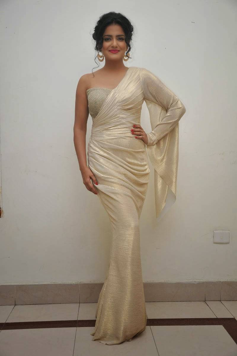 Vishakha Singh Hot Photos In White Saree