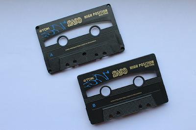 DIY-Basteltipp für ein Kassetten-Upcycling von ars vera