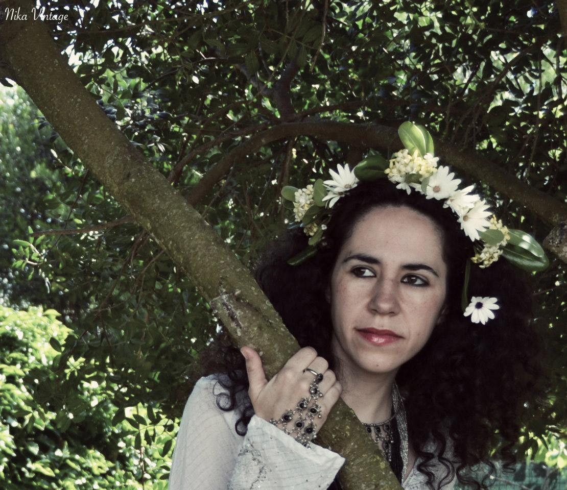 fotografia, ninfa del bosque, sesion de fotos, diadema flores, diadema floral,