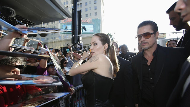 Angelina Jolie and her husband Brad Pitt Life in loving Full HQ Photos