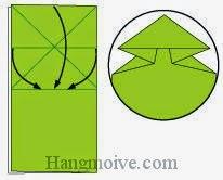 Bước 5: Gấp các cạnh giấy kẹp vào khe giữa hai lớp giấy.