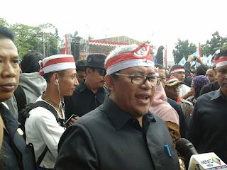 Bandung Siap Sambut Pejalan Kaki Ciamis, Aher: Kami Siap Fasilitasi Mereka Naik Bus - Commando