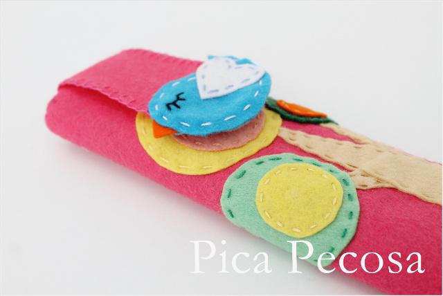 tutorial-hacer-funda-rigida-diy-regla-carton-reciclado-fieltro