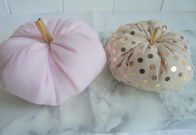 dekoracja jesienna, dynie baby
