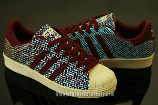 SUPERSTAR 80s G SNK IV Glow In The Dark Adidas shoes Red. Atmos adidas  originals are slightly poisonous and is the superstar of the 1980s 4b9b69519