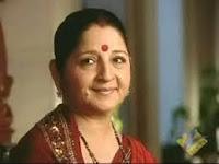 Biodata Surinder Kaur sebagai Uma Pratap Singh ( Ibu Sagar )