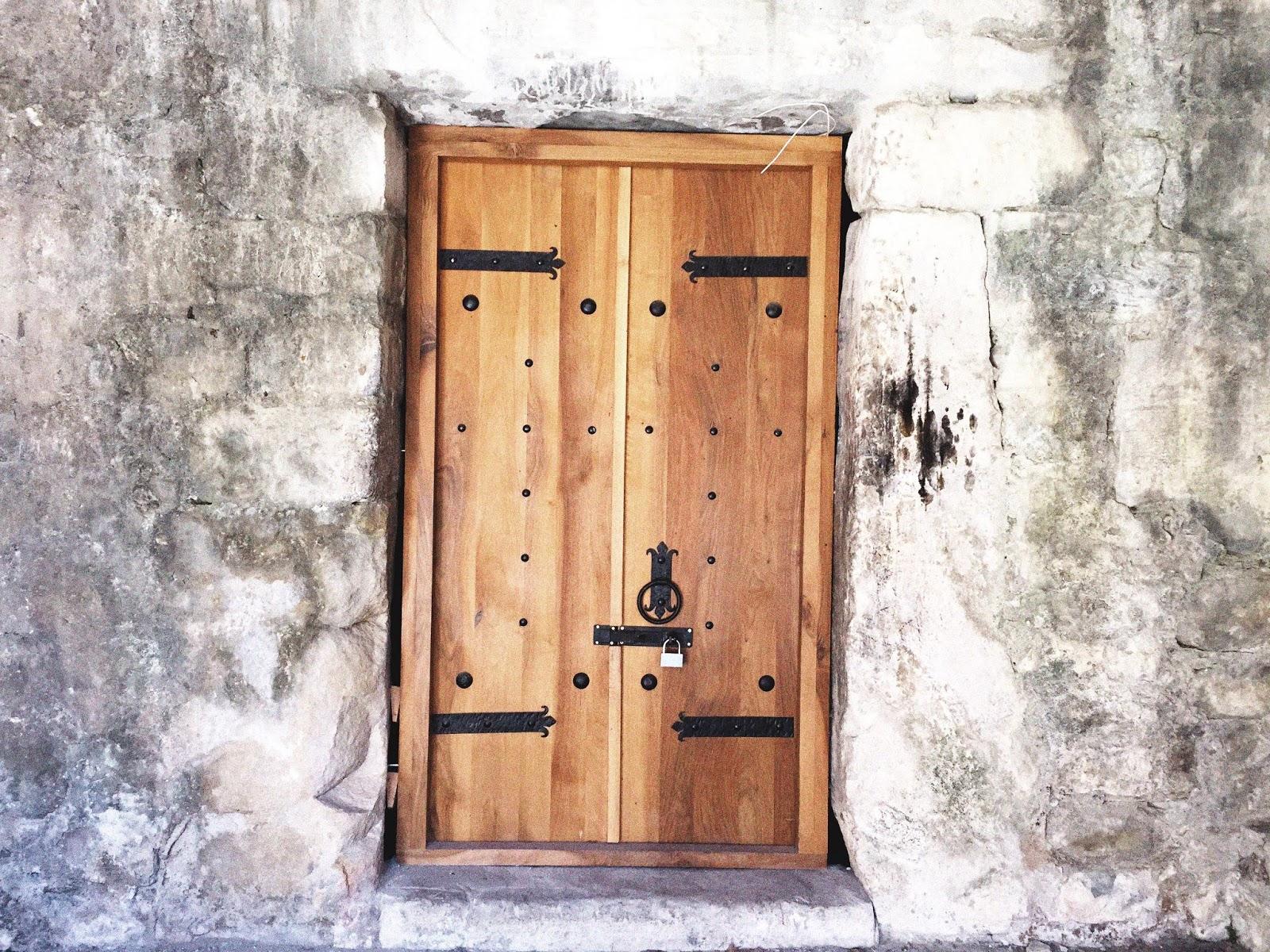 Ananuri Fortress doors