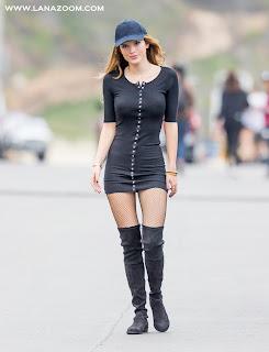 """بيلا ثورن بفستان بدون حمالة الصدر ! خلال تصوير فيلم """"You Get Me"""" في سان بيدرو"""