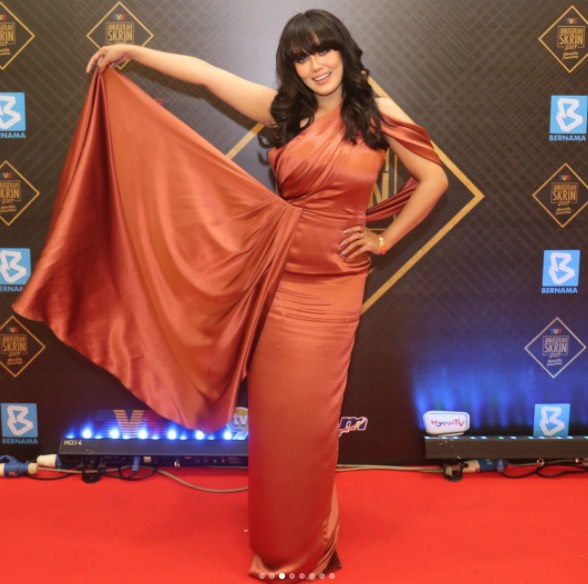 Uqasha Senrose di Anugerah Skrin 2017