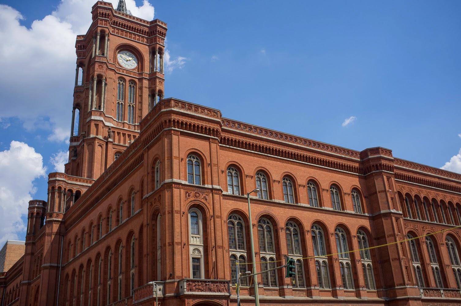 Passagem Gastronômica - Red City Hall - Roteiro de Berlim - Alemanha