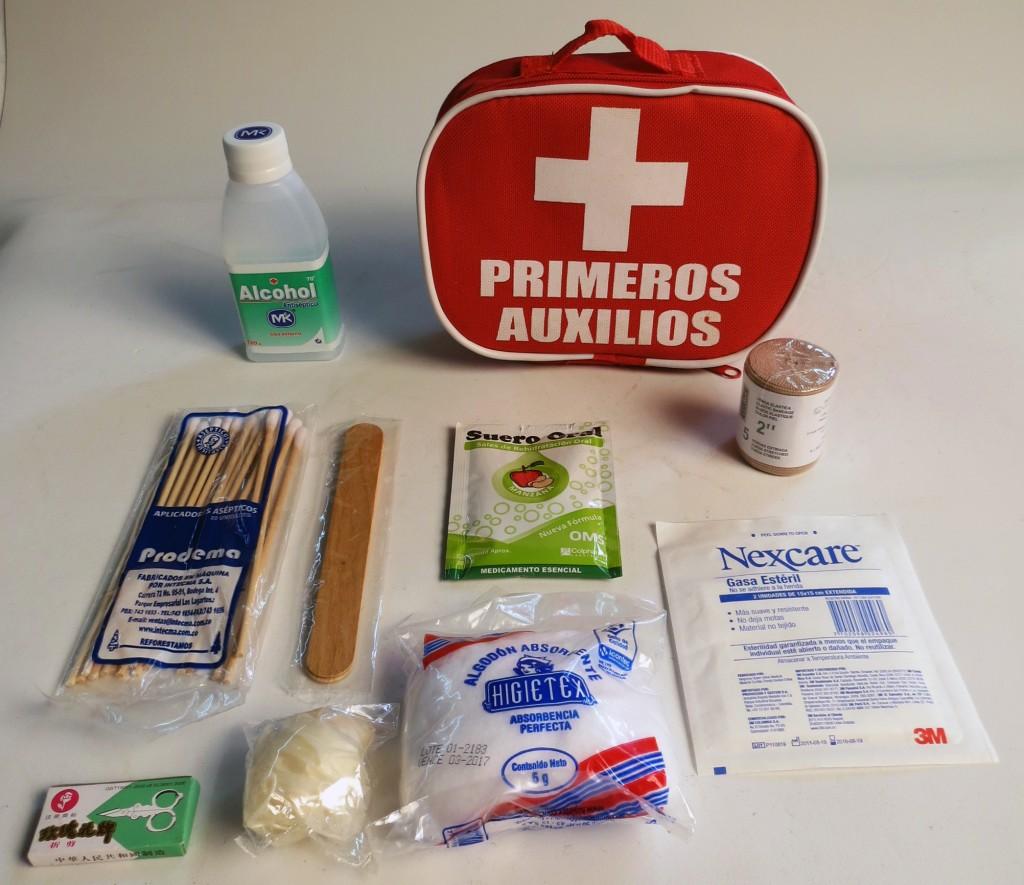 elementos que debe tener un botiquin de primeros auxilios