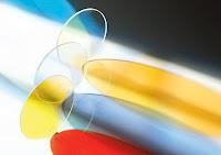 Çeşitli renklerde dikroik aynalar veya filtre camlar