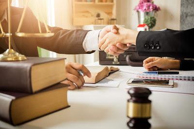 Bảo lãnh hôn thê visa k1 – có cần thuê luật sư tư vấn?