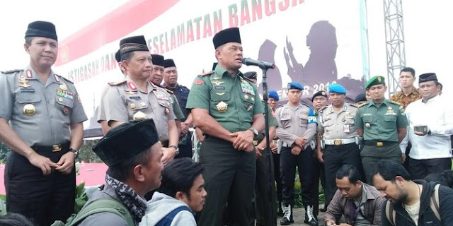 Panglima TNI: Sangat Berbahaya Ustadz Sosial Media Ini Nggak Punya Ilmu