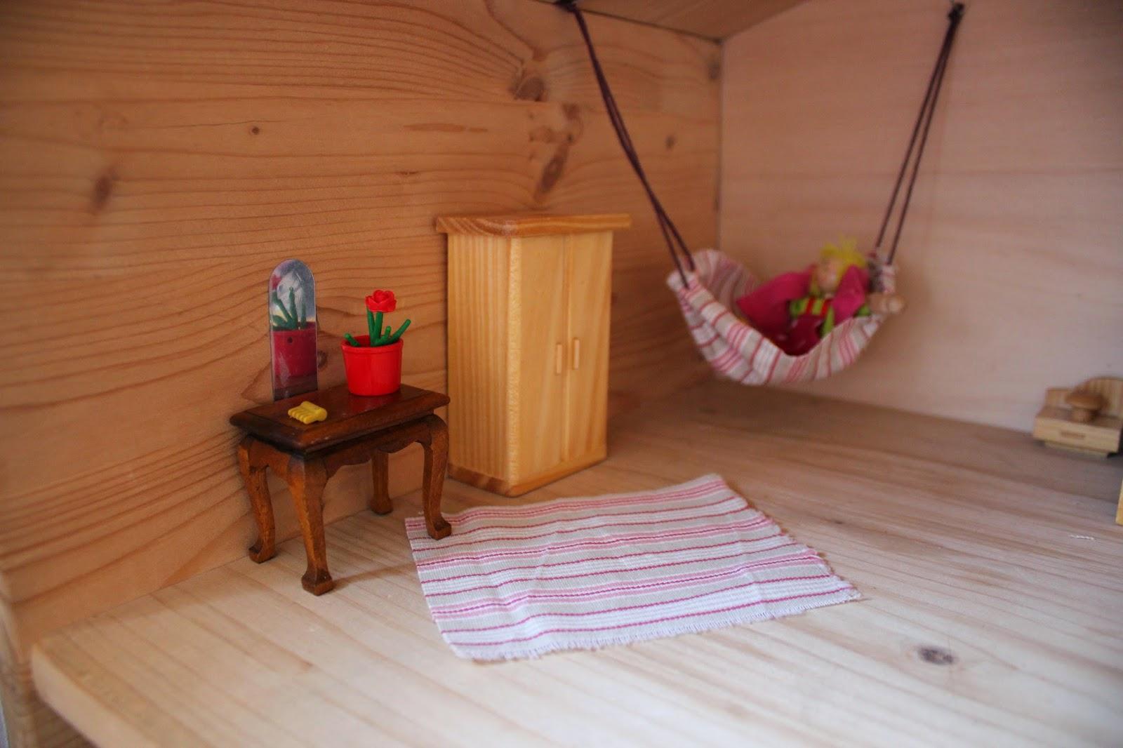 tatii talentlos puppenhauszubeh r selbst gemacht. Black Bedroom Furniture Sets. Home Design Ideas