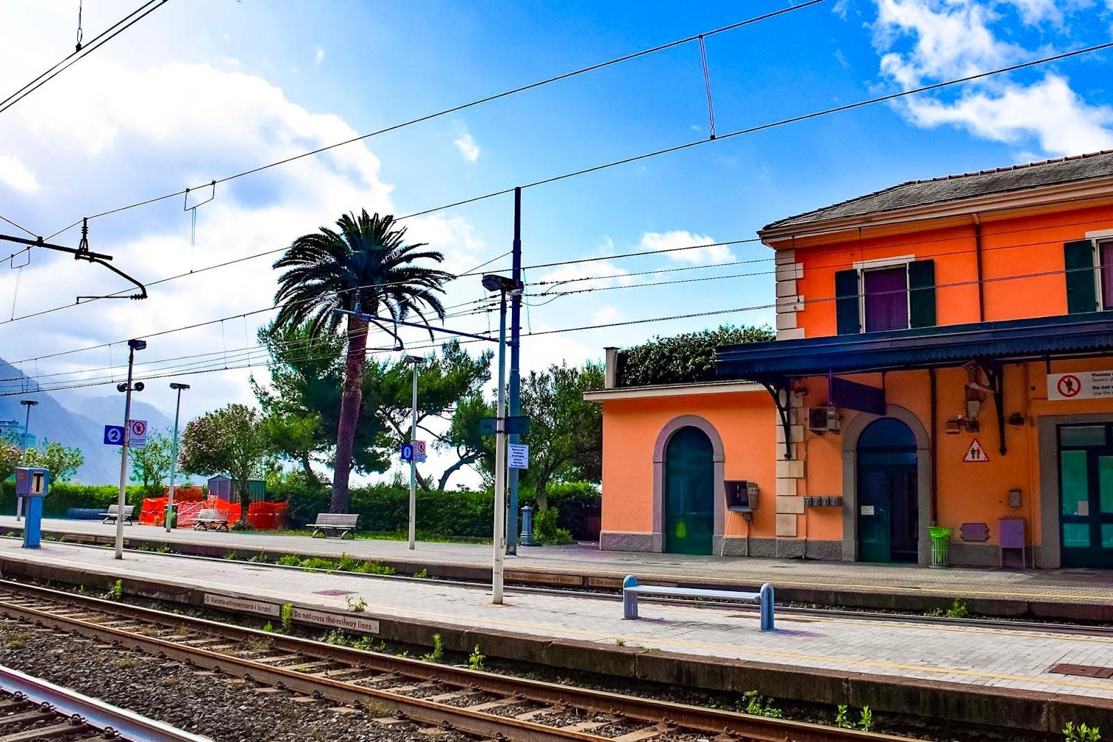 cinque terre train station