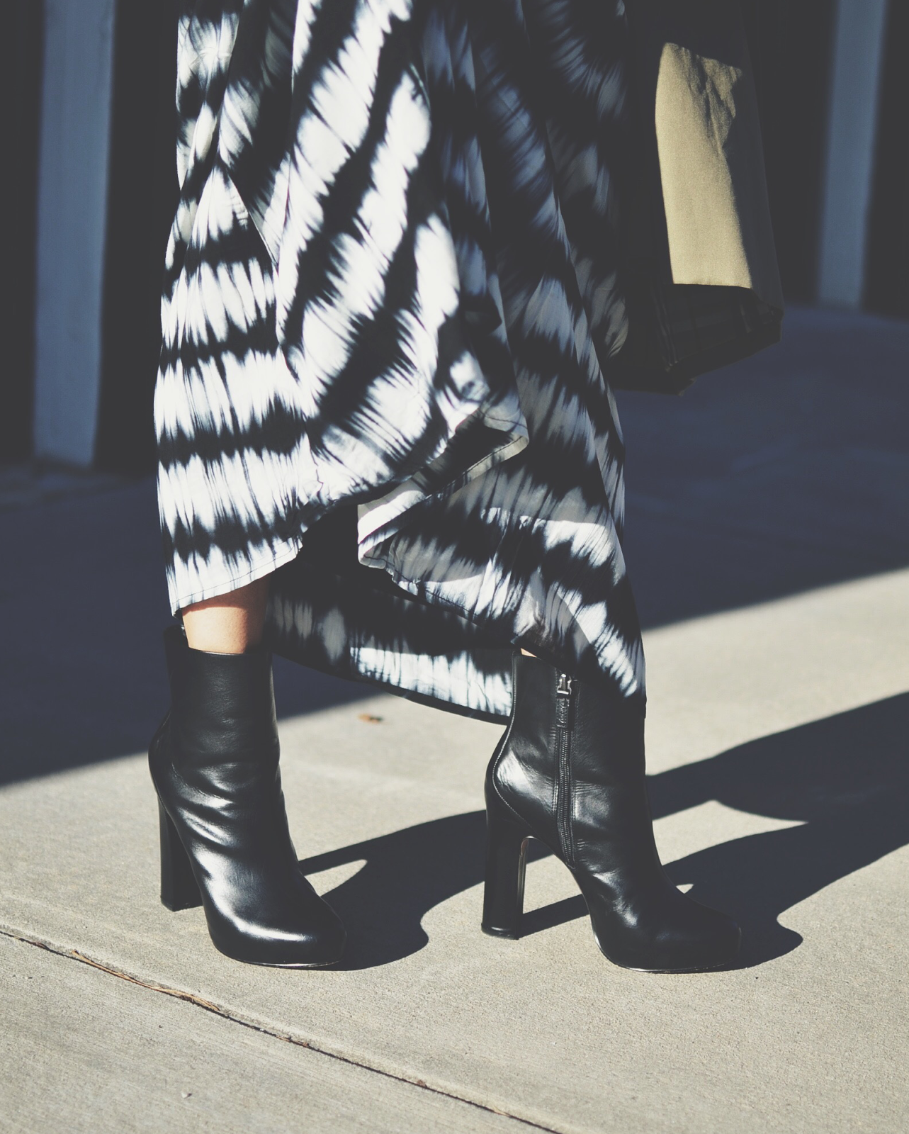 Thick heel shoes trend