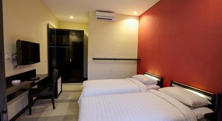 Zuk Hotel Kuta 4