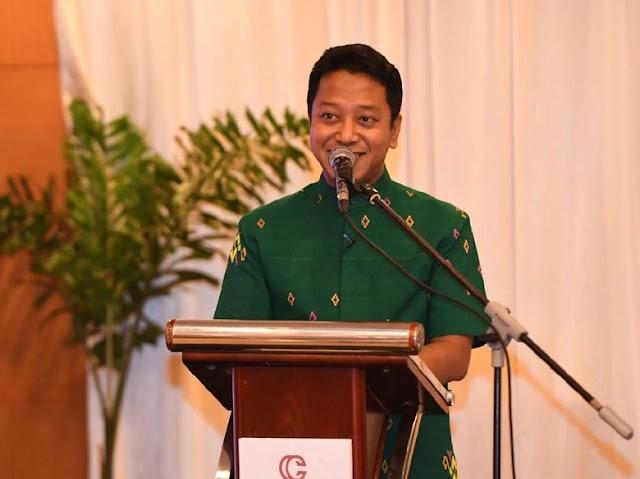 Rommy Pamerkan Prestasi Jokowi Naikkan Honor Penyuluh Agama 100%