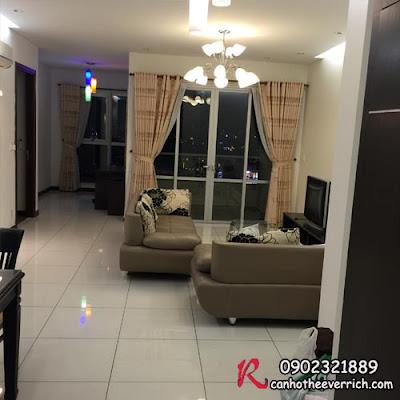 Bán căn hộ 110m2 tại tháp R1 phòng khách