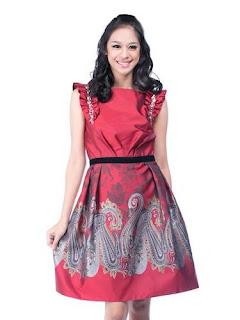 Model Dress Batik Modern Artis