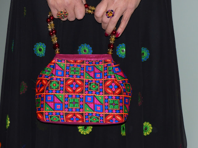 Ethnic style embroidered evening bag