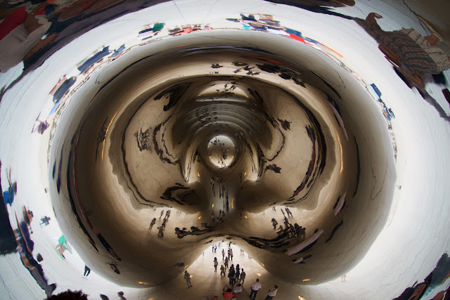 Interior de la Cloud Gate - Anish Kapoor en Chicago