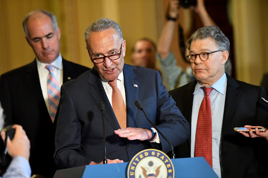 Chuck Schumer Calls on Al Franken to Resign