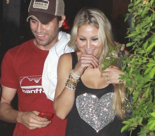 Pics Of Enrique Iglesias Wife Impremedia Net