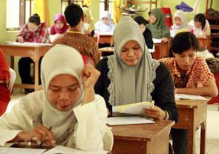 http://lokernesia.blogspot.com/2012/06/pemerintah-siap-gelar-proses-ujian.html