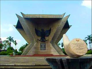 Monumen Perang Ampera (Perang 5 Hari 5 Malam)