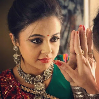 Devoleena bhattacharjee age, husband, facebook, instagram, and vishal singh, marriage, name, Family, new gopi in saathiya, wedding, boyfriend, photo, images, fb, salary, twitter, biography, wiki, height