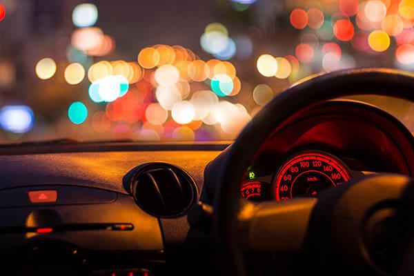 6 Tips Cara Berkendara Kondusif Pada Malam Hari