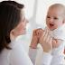 Có nên cho trẻ sơ sinh ra ngoài trời sớm vào buổi tối không các mẹ?