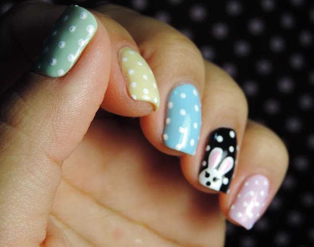 Para entrar no clima do feriado mais doce do ano eu trouxe esse tutorial de nail arts inspiradas na Páscoa.