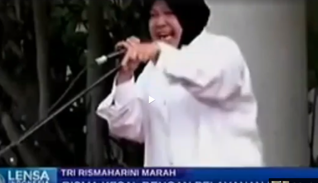 Walikota Surabaya Tri Risma Harini Ngamuk