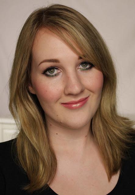 MAC MONDAY   Heatherette - Lollipop Loving Lipstick Swatches & Review
