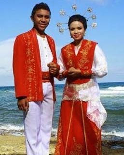 Nama Pakaian Daerah Maluku : pakaian, daerah, maluku, Pakaian, Indonesia, (INDONESIA, TIMUR), SEJARAH,, CERITA,, LEGENDA, MITOS