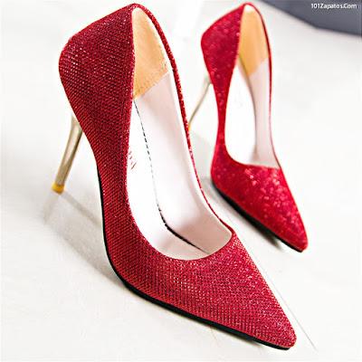 Zapatos de novia color rojo