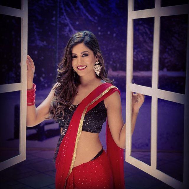 Ishita Dutta Photos