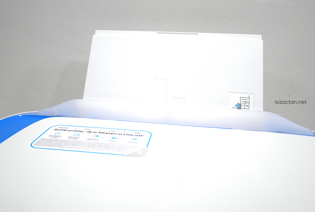 Paper feed tray, which can be easily stored into the printer when not in use
