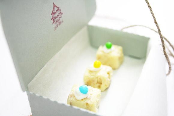Pralinen mit weißer Schokolade und Walnüssen zum Verschenken. titatoni.de