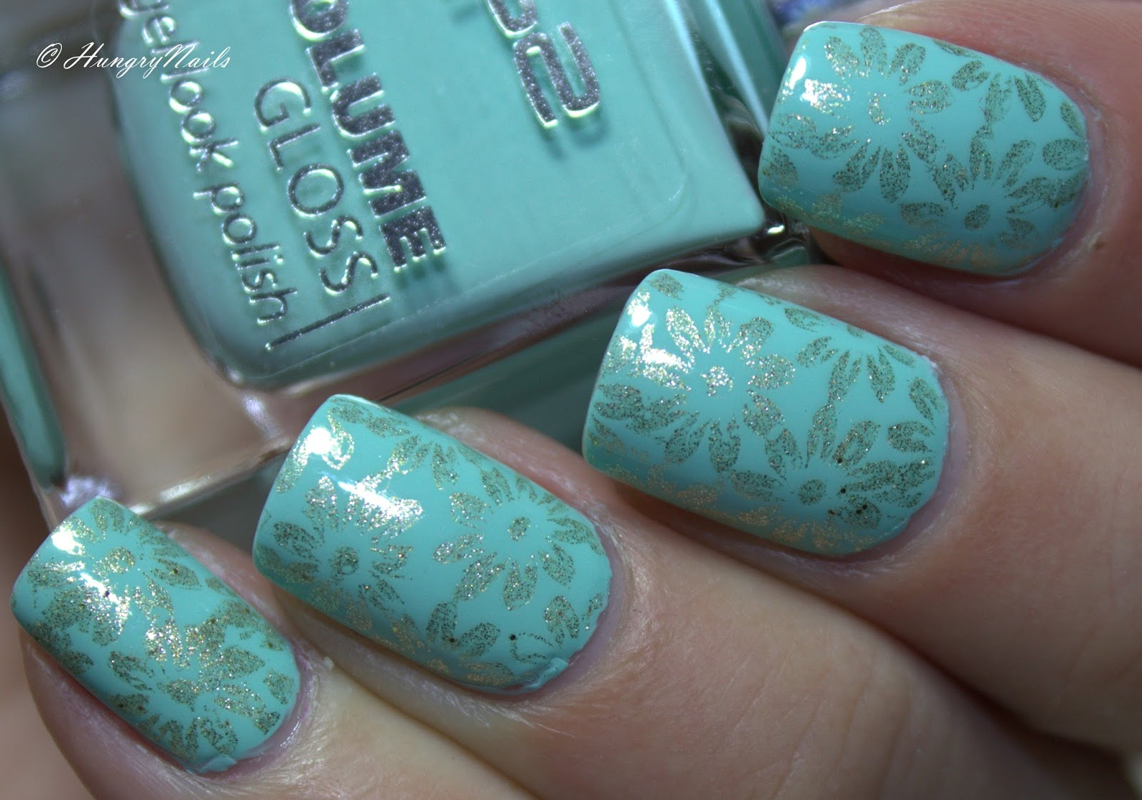 http://hungrynails.blogspot.de/2015/04/p2-minty-mademoiselle.html