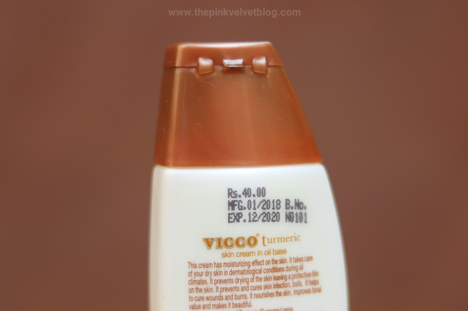 VICCO Turmeric Skin Cream in Oil Base