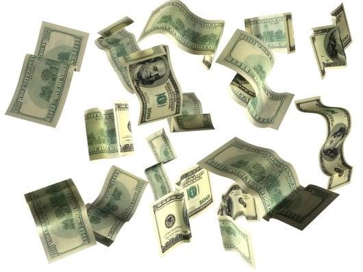 Dólares caindo.