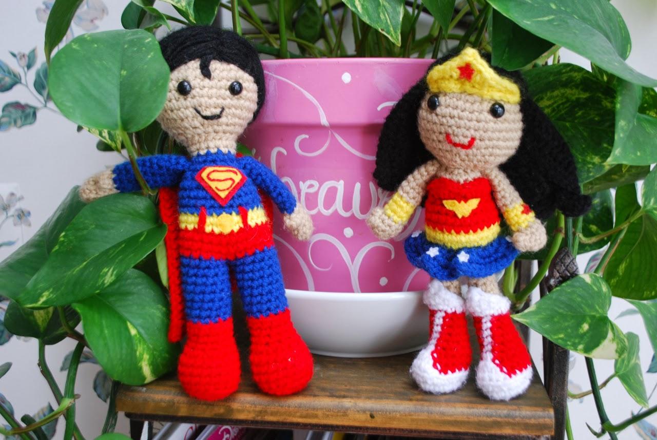 Superman Crocheted Plush PATTERN | Superman de ganchillo, Patrones ... | 857x1280